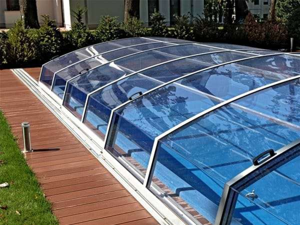 one piece swimming pool with visual pool enclosure.